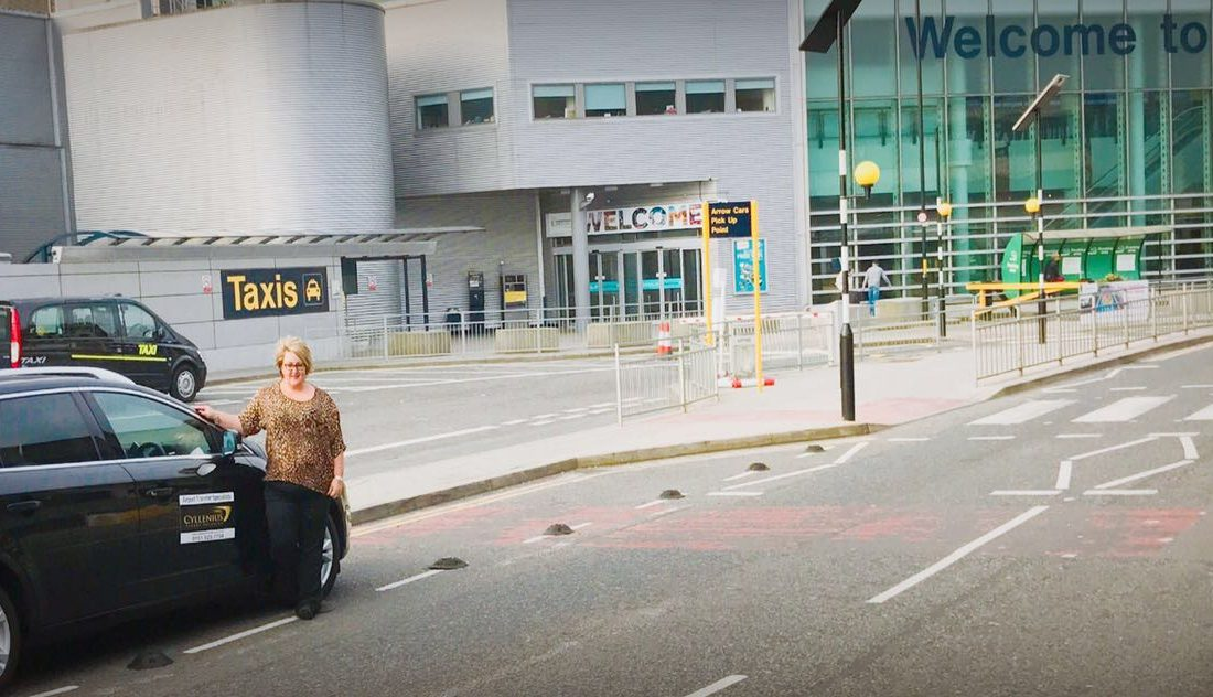 #1 for airport transfers Liverpool to Manchester Airport